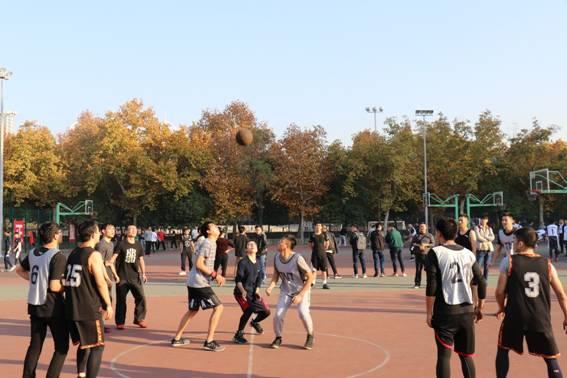 通信工程学院成功举办2018研究生篮球赛