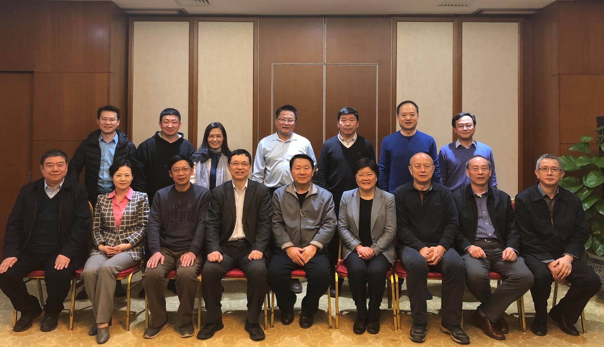 西电校领导拜访北京校友、举行交流座谈会