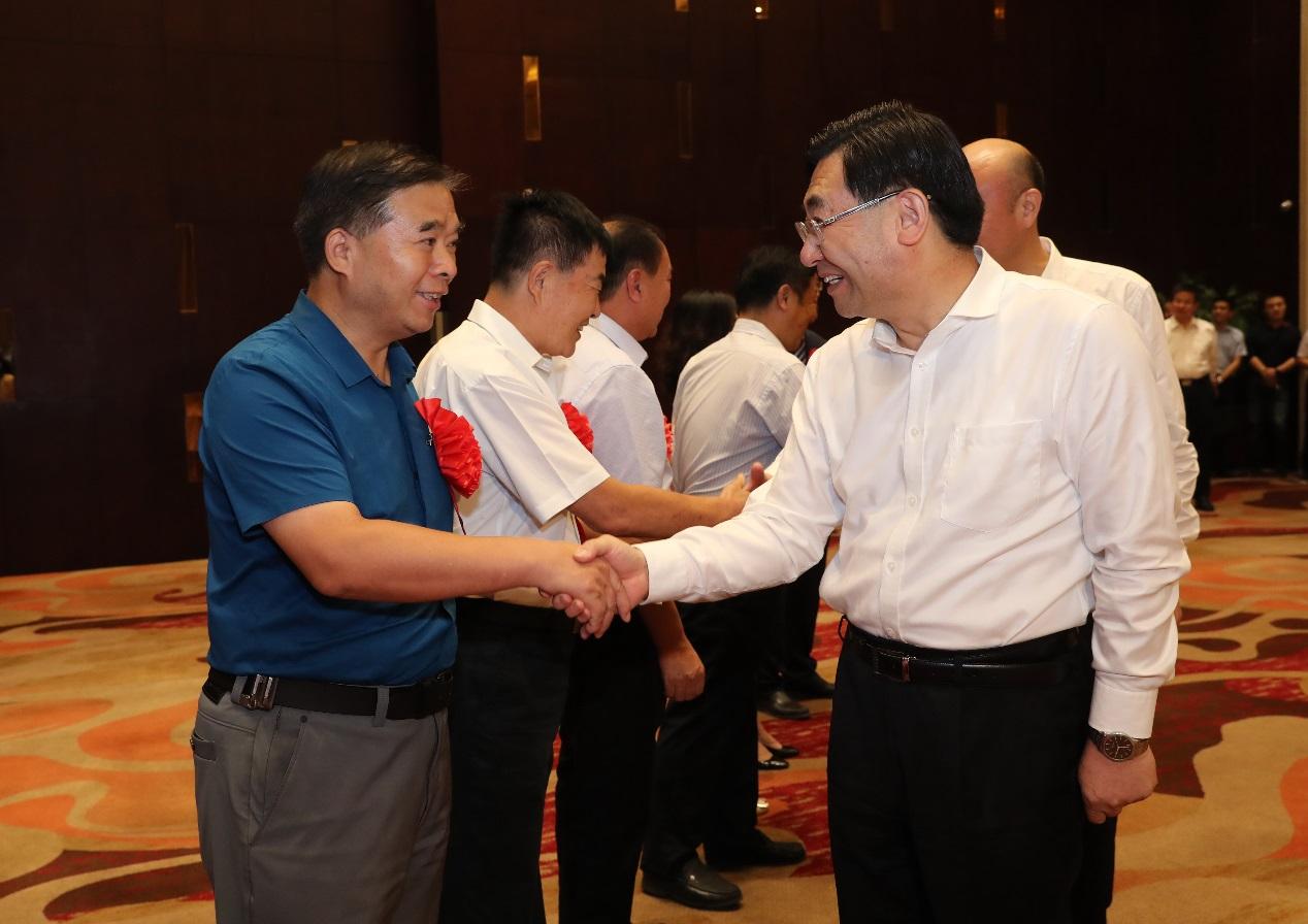 西电参加陕西省庆祝教师节暨优秀教师表彰大会