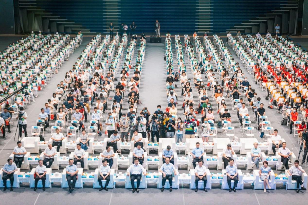西电高水平啦啦操队参加十四运、第十一届残运会暨第八届特奥会志愿者誓师动员大会